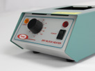 Side view of Ratek DBH10 Dry Block Heater